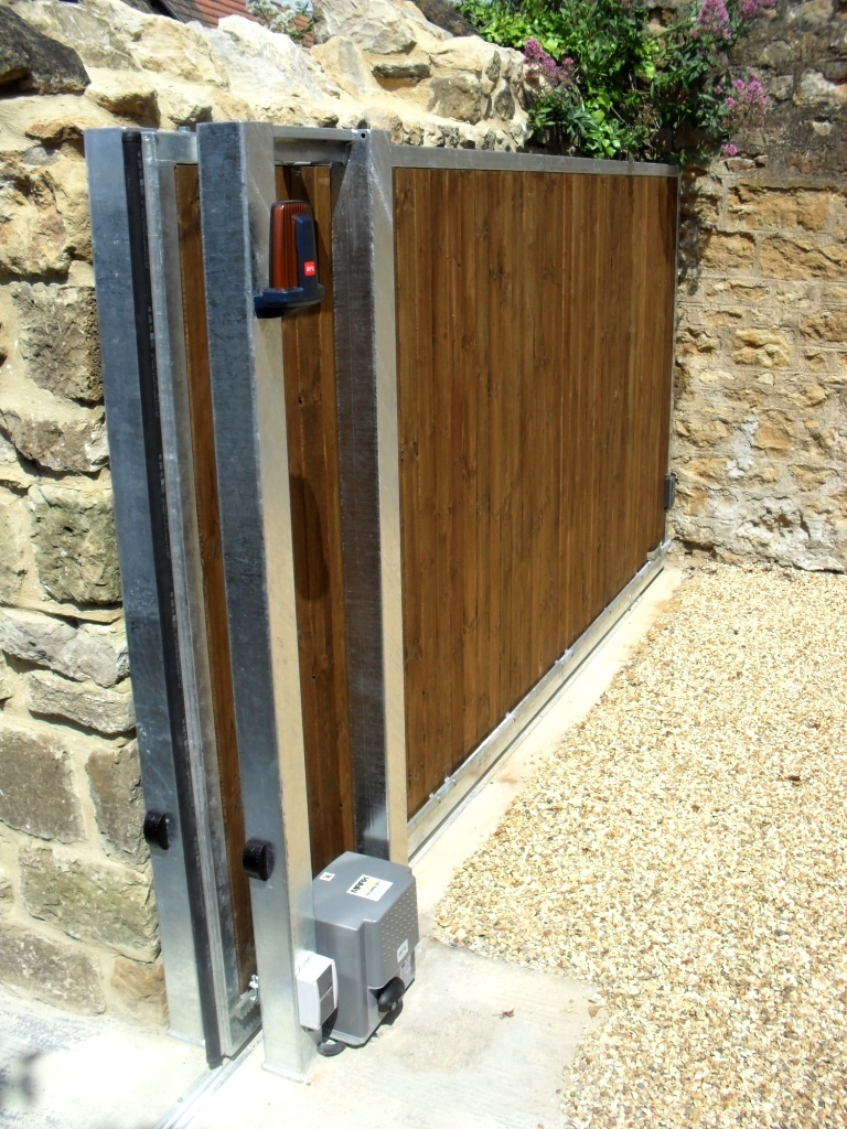 Automatic Sliding Gate Somerset