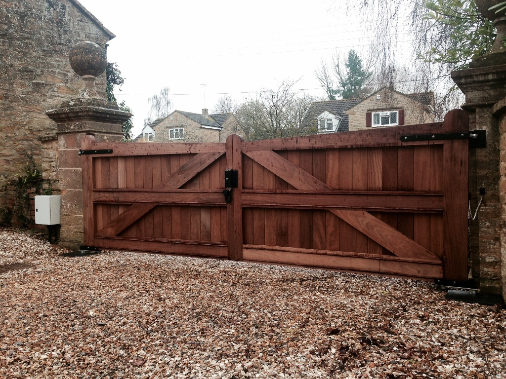 Wooden Automatic Gates Somerset