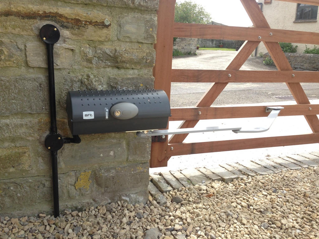 Electric Gate Installers Yeovil