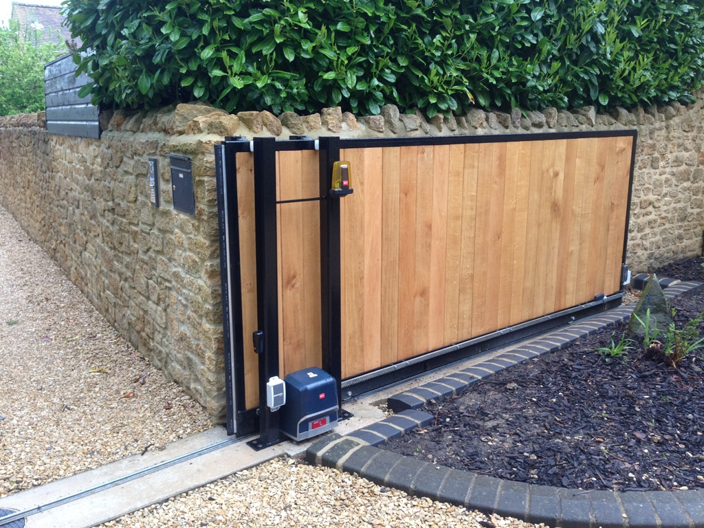 Electric Sliding Gate Yeovil