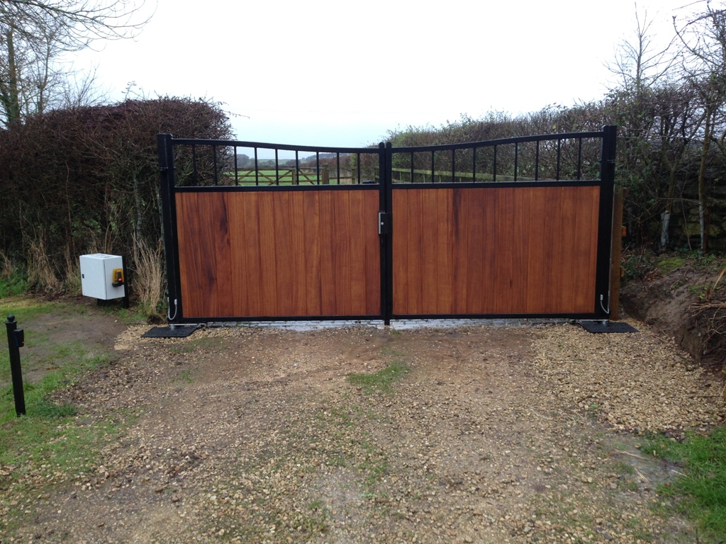 Electric Entrance Gates Yeovil